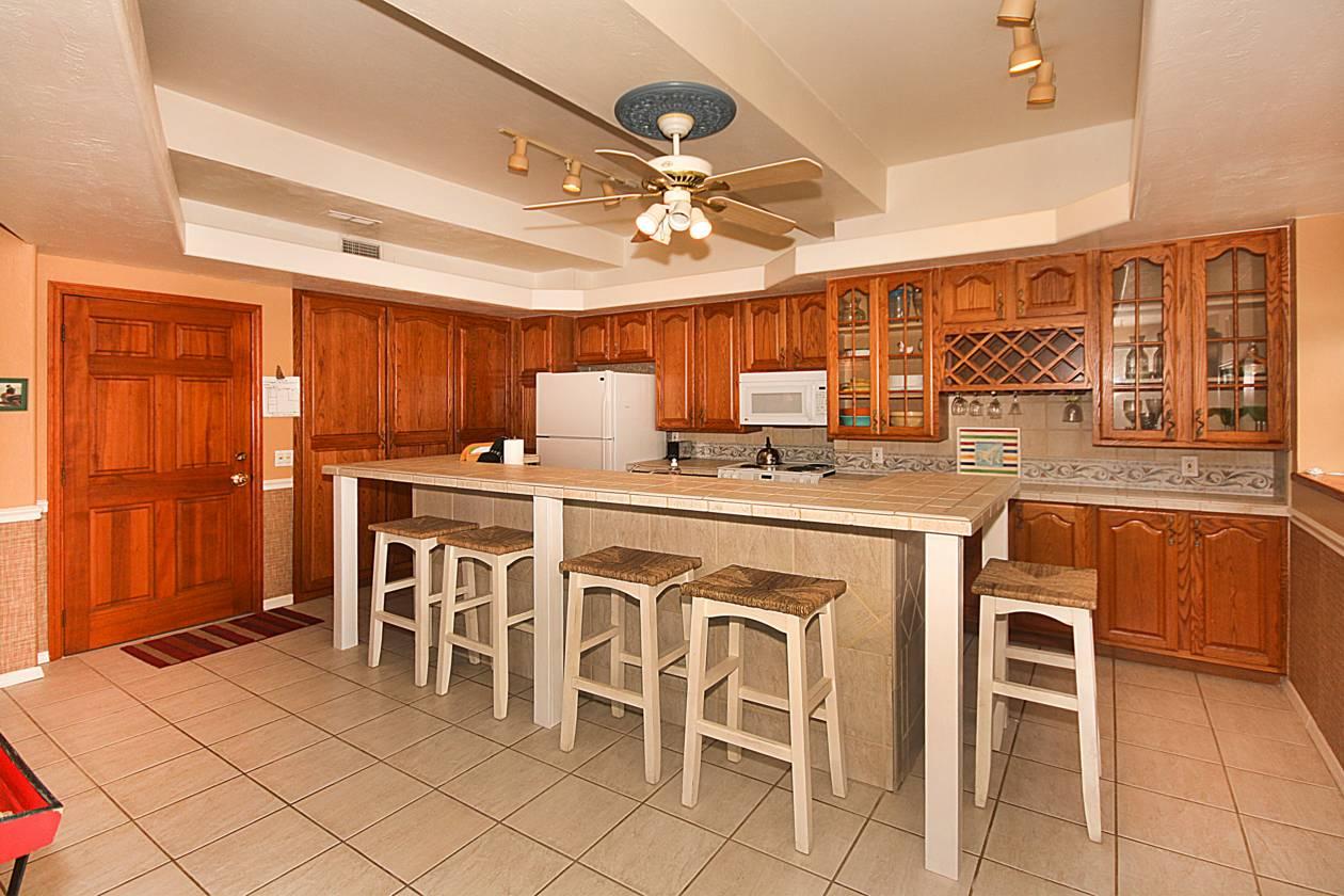 Second Unit Kitchen.jpg