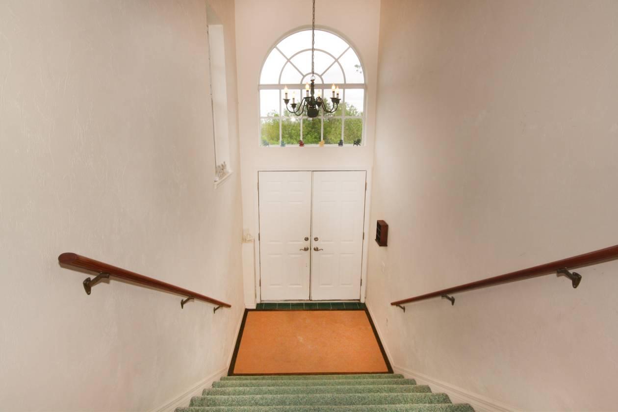 Unit One Foyer.jpg