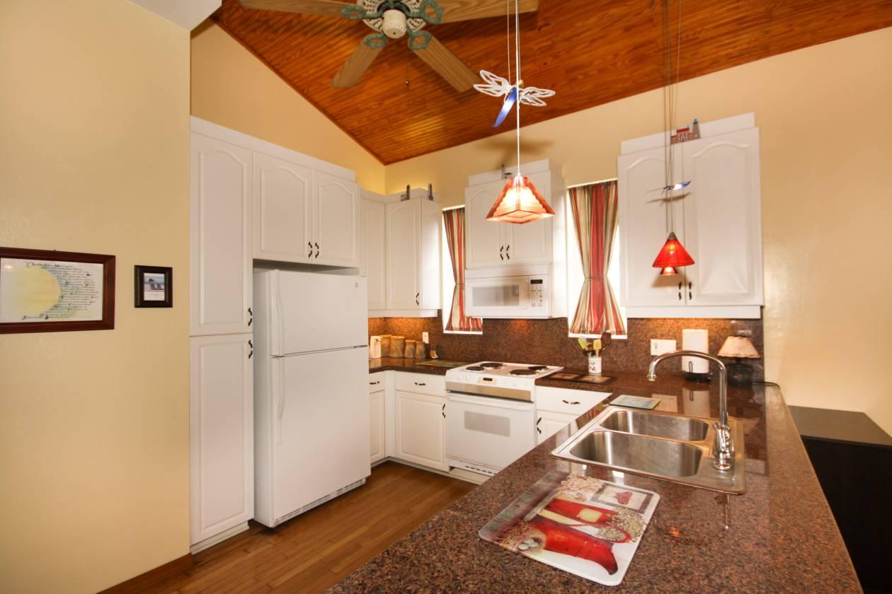 Unit One Kitchen(2).jpg