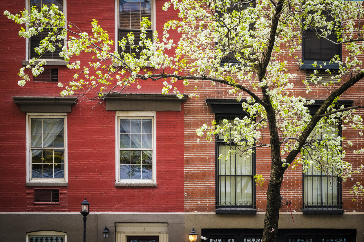 Double Hung Versus Single Hung Windows for NYC
