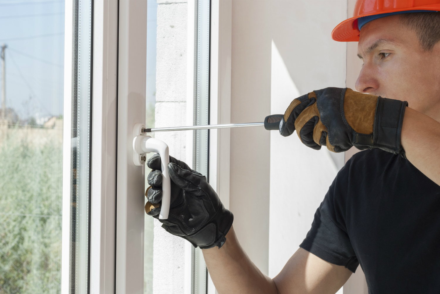 Window Repair on Hinges, Catches, and Cranks: What You Should Know in NYC