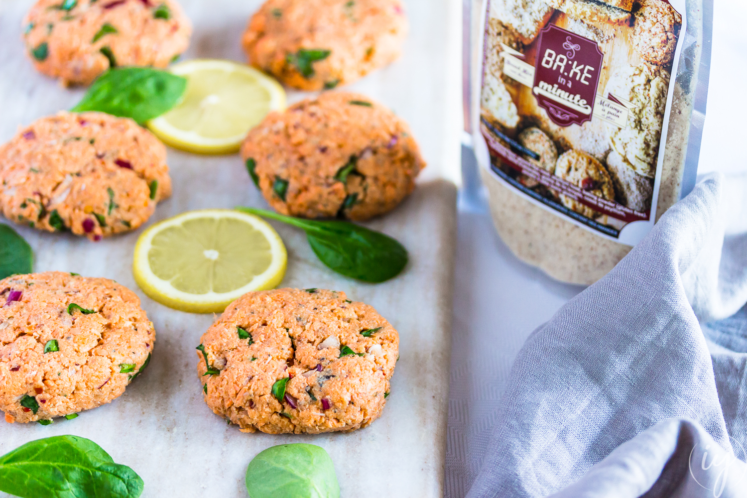Bake-in-a-minute-Fish-Cakes1-IfyYani.jpg