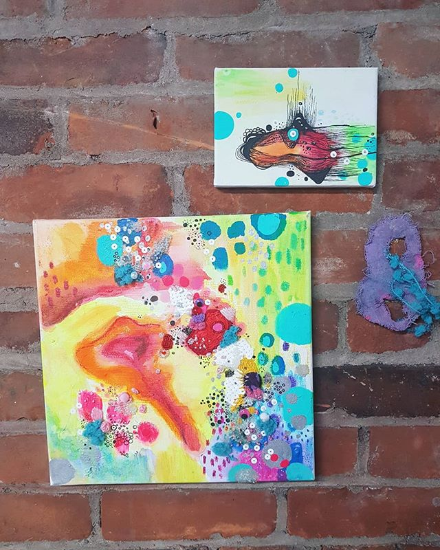 ~Happy Friday Everyone~ . . . . . #ontarioartist #visualart #mixedmedia #supportlocalart #artforsalecanada #artforthehome #torontoartist #artistsoninstagram #artwatcher