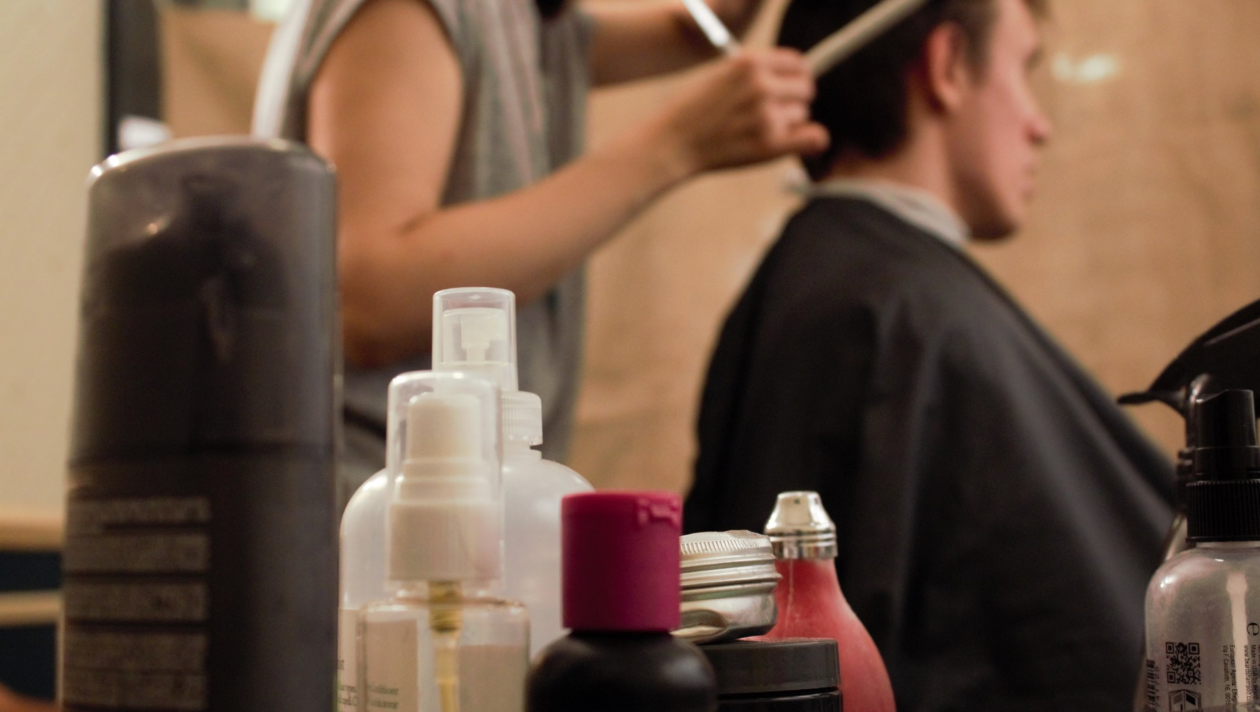 Haircut at the pop-up