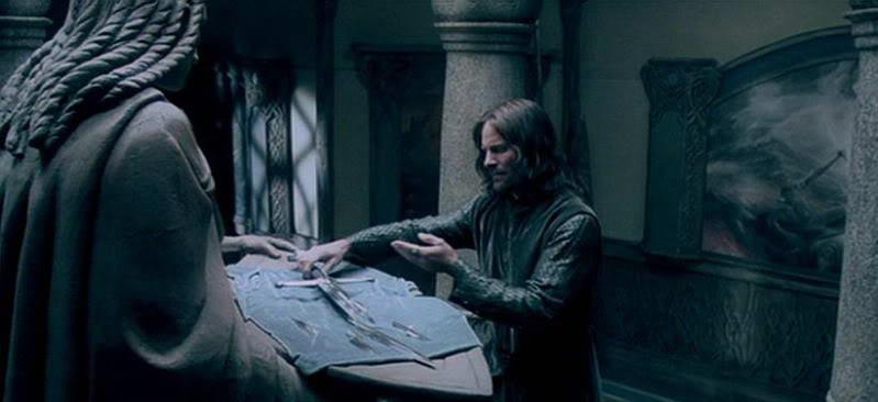 Aragorn Narsil Tolkien Tuesday Chris la porte