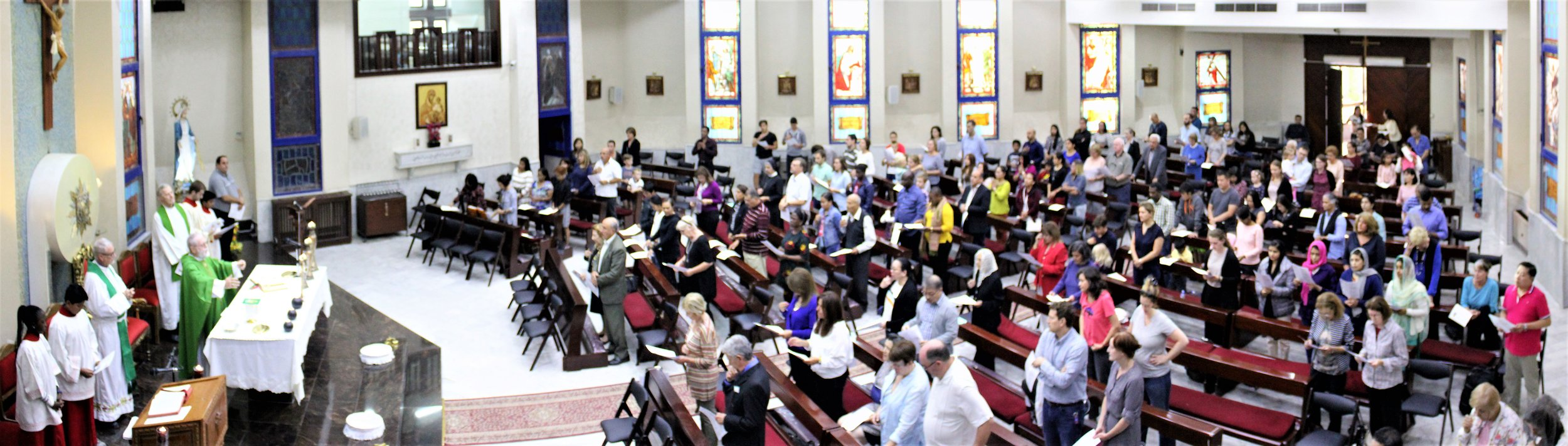 In Amman, Jordan, over 80 parishioners and graduates of Jesuit schools took part in Jesuit Alumni Sunday Mass, marking the first international location for the popular annual event.