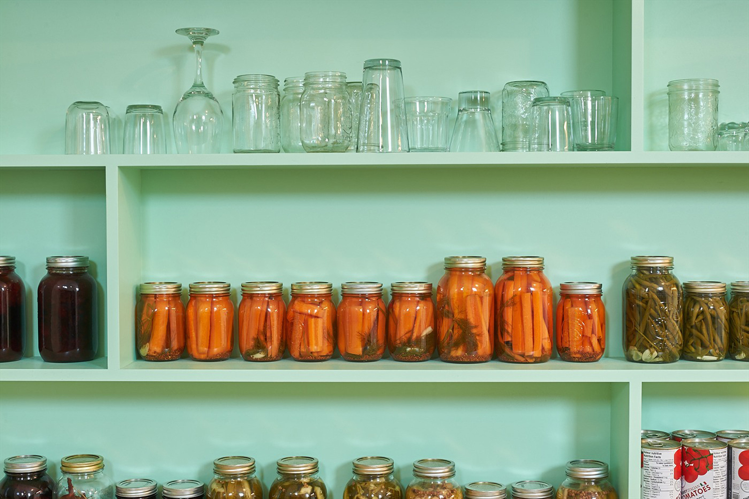 Library / shelves made to measure. Cannage and mason jars.