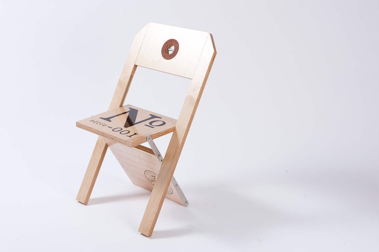 Folding chair made entirely of Russian birch and stainless steel, it is only one inch when folded. Customizable according to the event