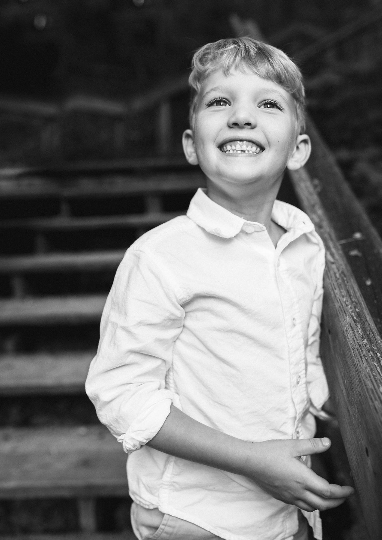 Big smile - child photographer Rochester Michigan