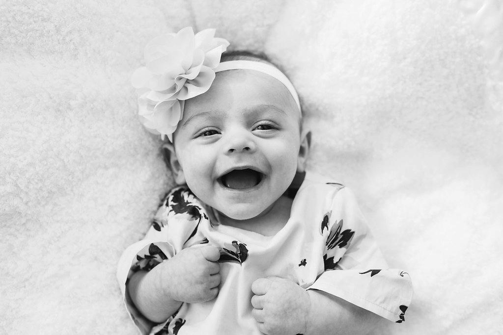 Best baby photographer Rochester Hills Michigan