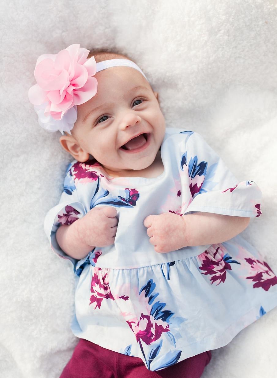 Metro Detroit photographer - laughing baby girl
