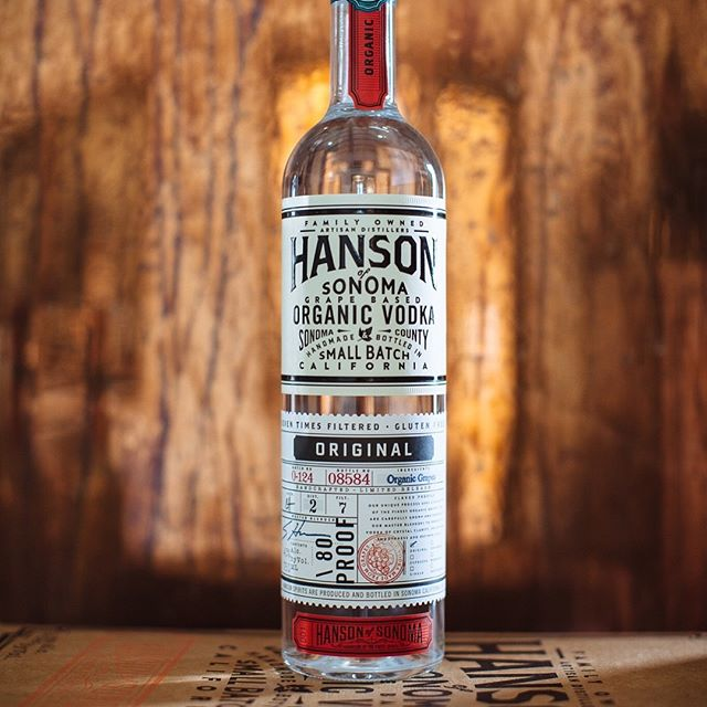 Made in California, @hansondistillery runs to the beat of its own drum. Did you know they make organic vodka from grapes?! 🍇🍸 Stop by #westshoremarket to pick up yours🍸🍇     Photo: @ediblemarinwc | #westshoretahoe #hansonvodka #drinkoftheday #laketahoe #tahoecity