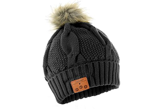 Best-New-Travel-Technology-2017-Bluetooth-Beanie