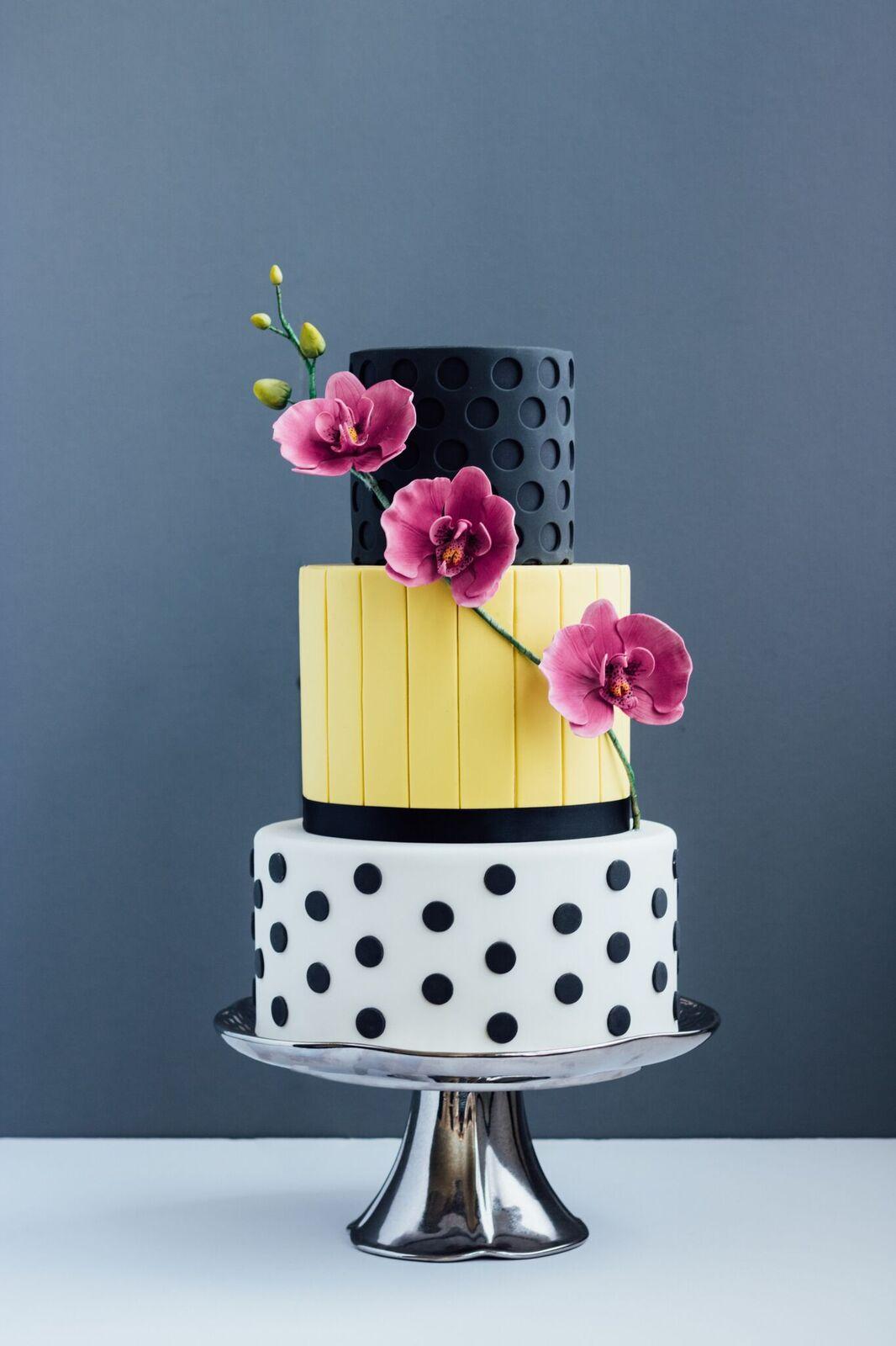 Ink Sweets | Vendor Highlight | Wedding Cake Artist.jpg