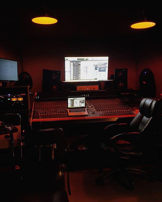 lights off in the studio