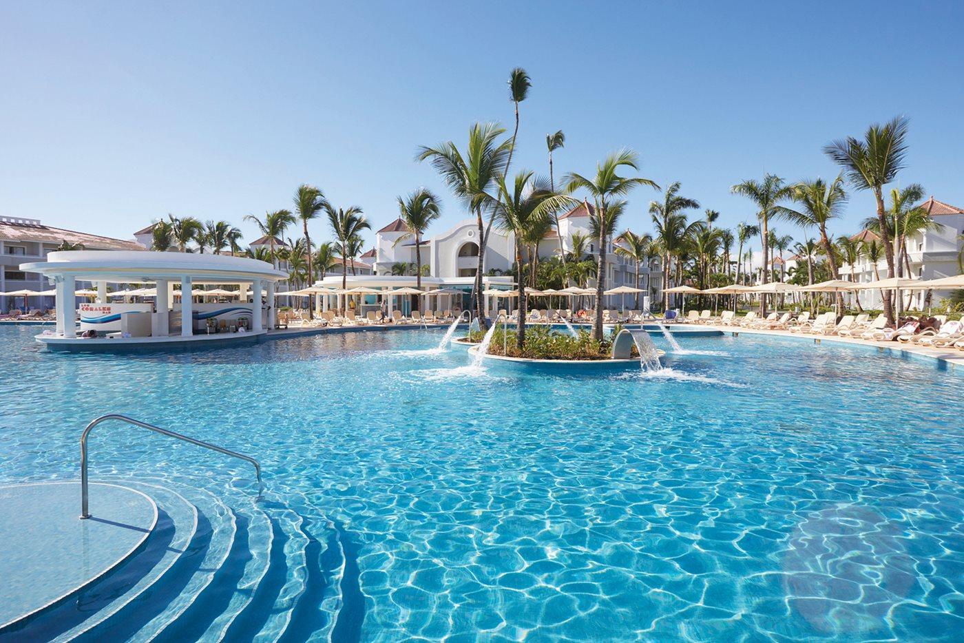 Luxury-Bahia-Principe-Ambar-Pool-003.jpeg