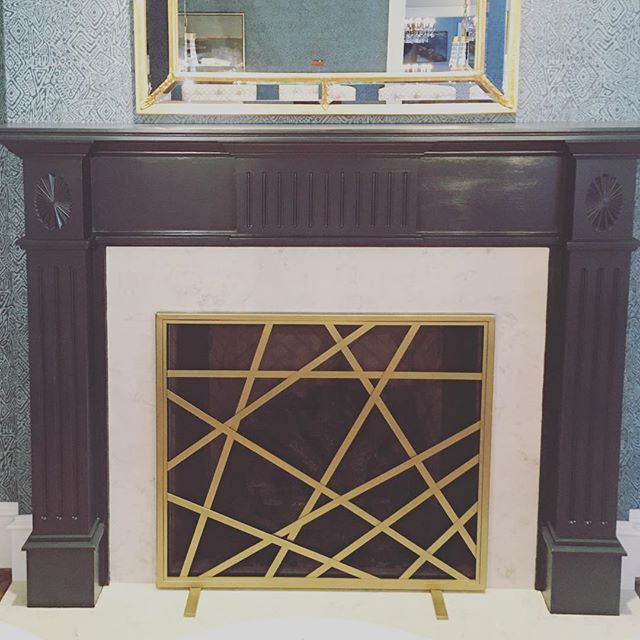 Make a statement with a custom fitted fire screen!! • • • #copeandstick #reclaimed #repurpose #recycle #upcycle #millwork #metal #steel #art #wood #workflow #design #custom #handmade #supportsmallbusiness #fabrication #fab101 #craftsmen #charlotte #nc #ctl #qc #oak #Vintagelumberyard #handmade #reclaimedwood #beams #designinspo #interiorinspiration