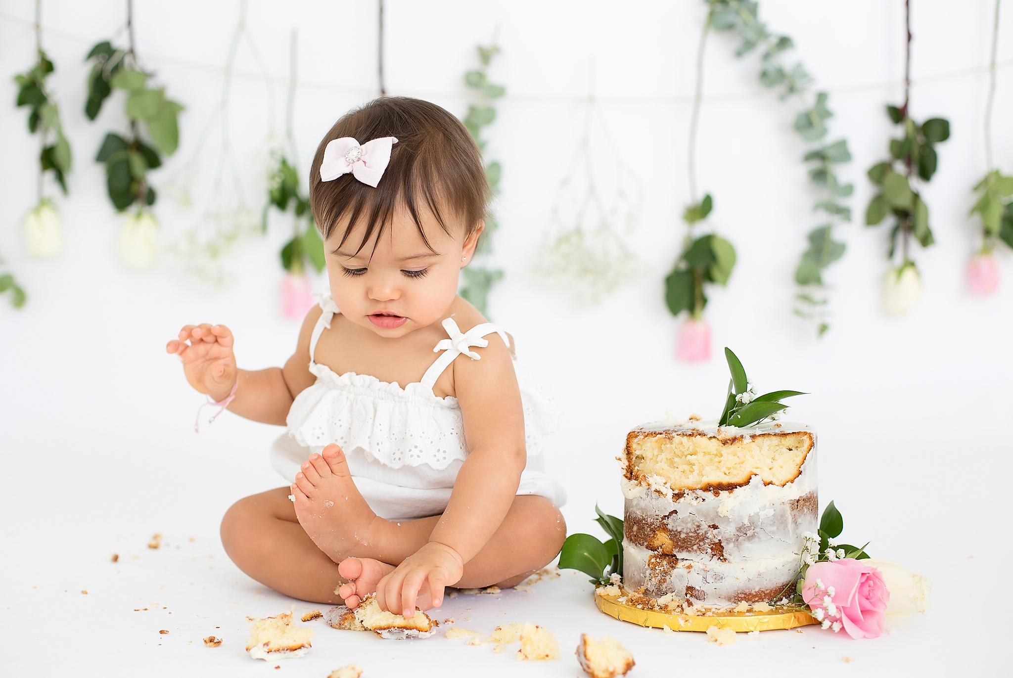 2500307bd CAKE SMASH — Nicole Pierce Photography