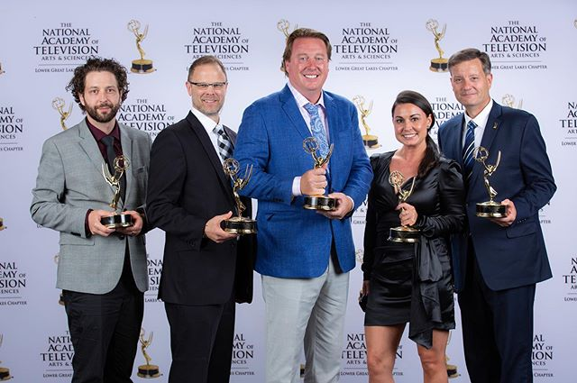I'm super proud to be a part of this group and many others not pictured here. I'm also not sure where that blazer ended up. 🤷🏽‍♂️ #emmys #linkstothegame #postproductionlife