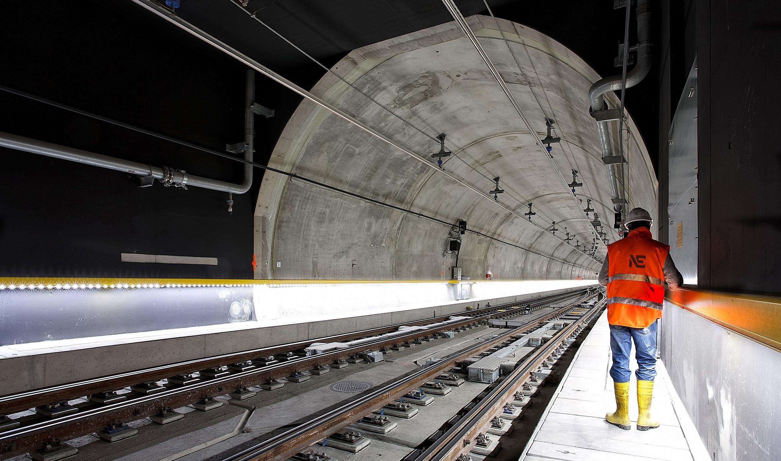new_era_electric_tunnel.jpg