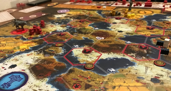 The sprawling map featuring gorgeous artwork, paired with beautiful and aesthetically pleasing plastic and wood components make Scythe a damn good looking game.