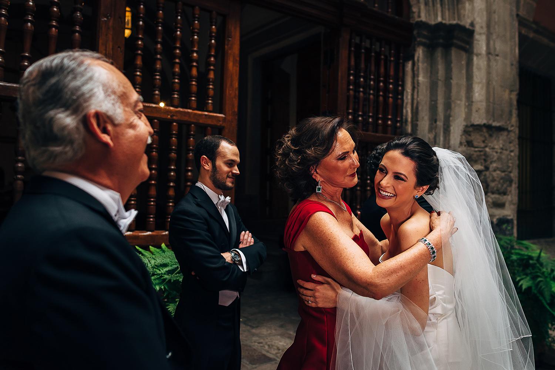 boda-colegio-vizcainas-mexico-wedding-photographer (3).jpg