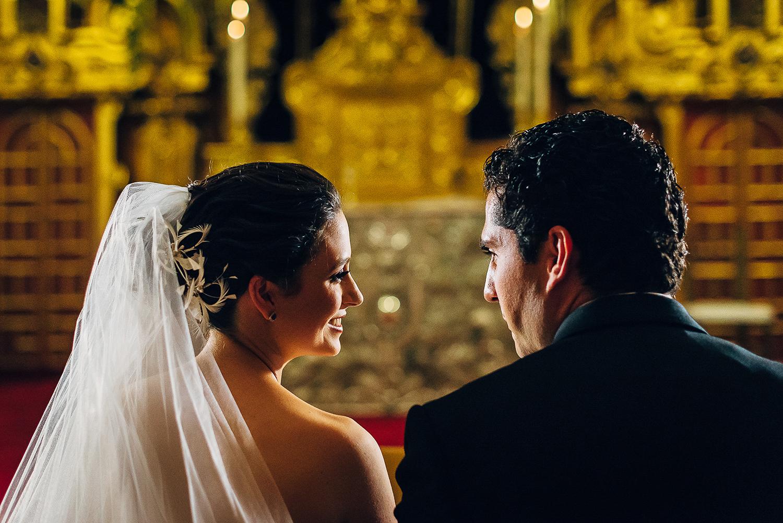 boda-colegio-vizcainas-mexico-wedding-photographer (12).jpg