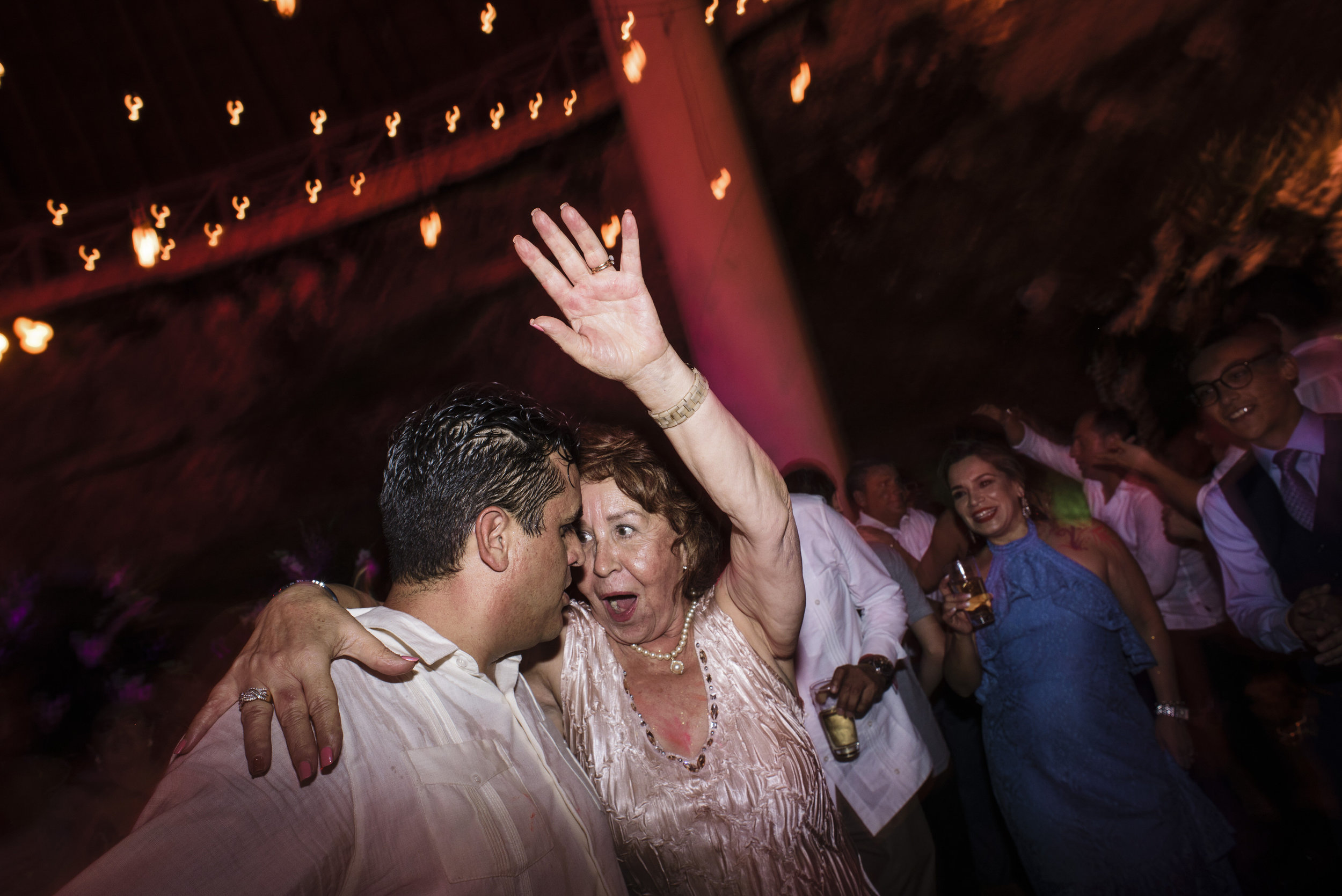 cancun_wedding_photographer_mexico (101).jpg