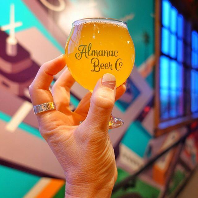 🍻 Loved visiting #almanacbeerco while in #sfo this past May. What's your favorite #sanfrancisco beer spot? 🌉 #sfbeer #ipalover #nailartbymolly  #drinking  #drinkgoodbeer  #drinks  #drink  #drinkny  #drinklocal  #drinkbeer  #drinkup  #beer #beersnob  #beerphoto  #beernerd  #beerpics  #beerknurd  #beers  #beer  #beertravel  #beersofinstagram  #beergeek  #beerpix #beerlovers  #casualbeer