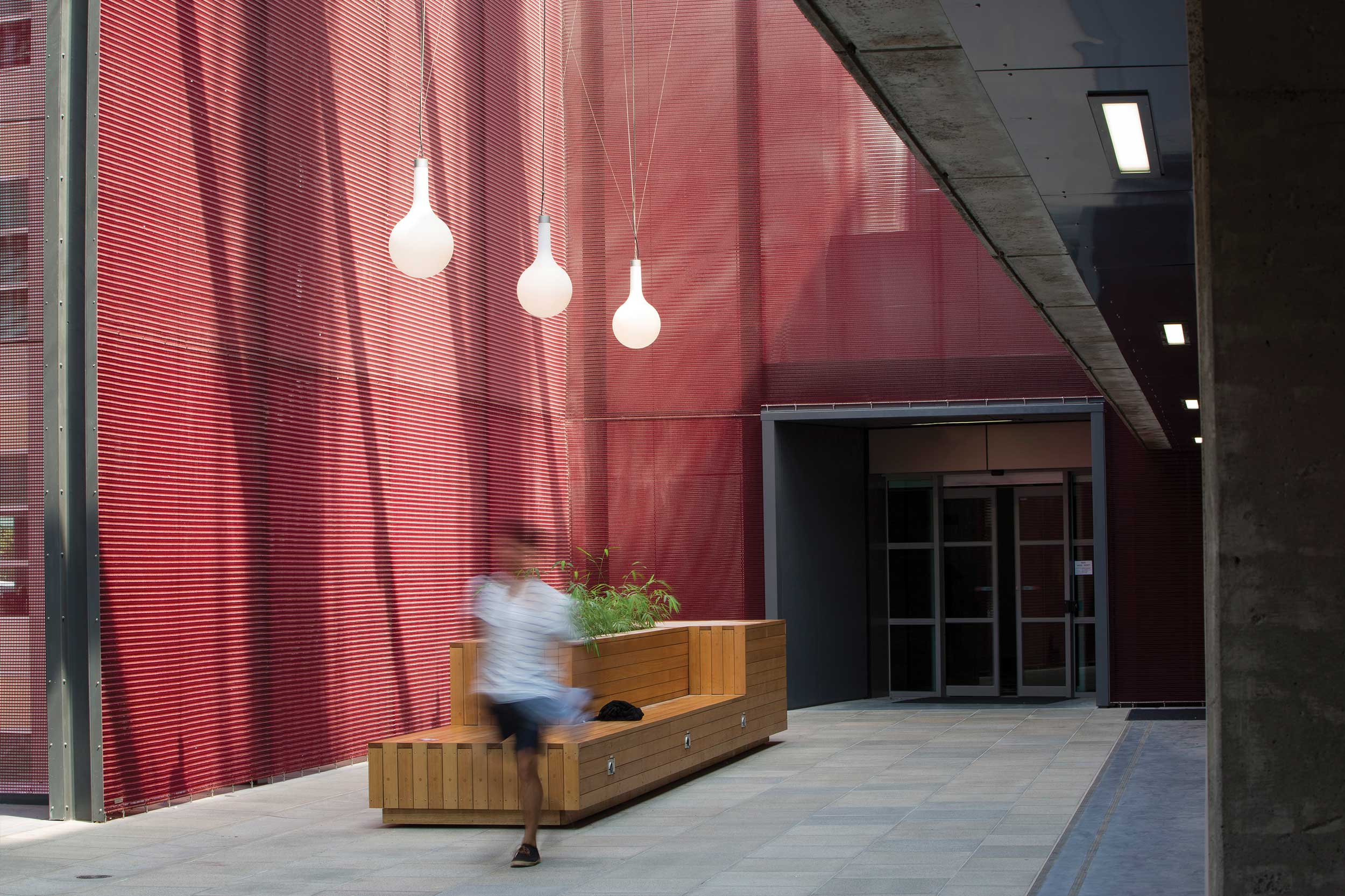 Kaynemaile Architectural Mesh at Auckland University Safety Screens