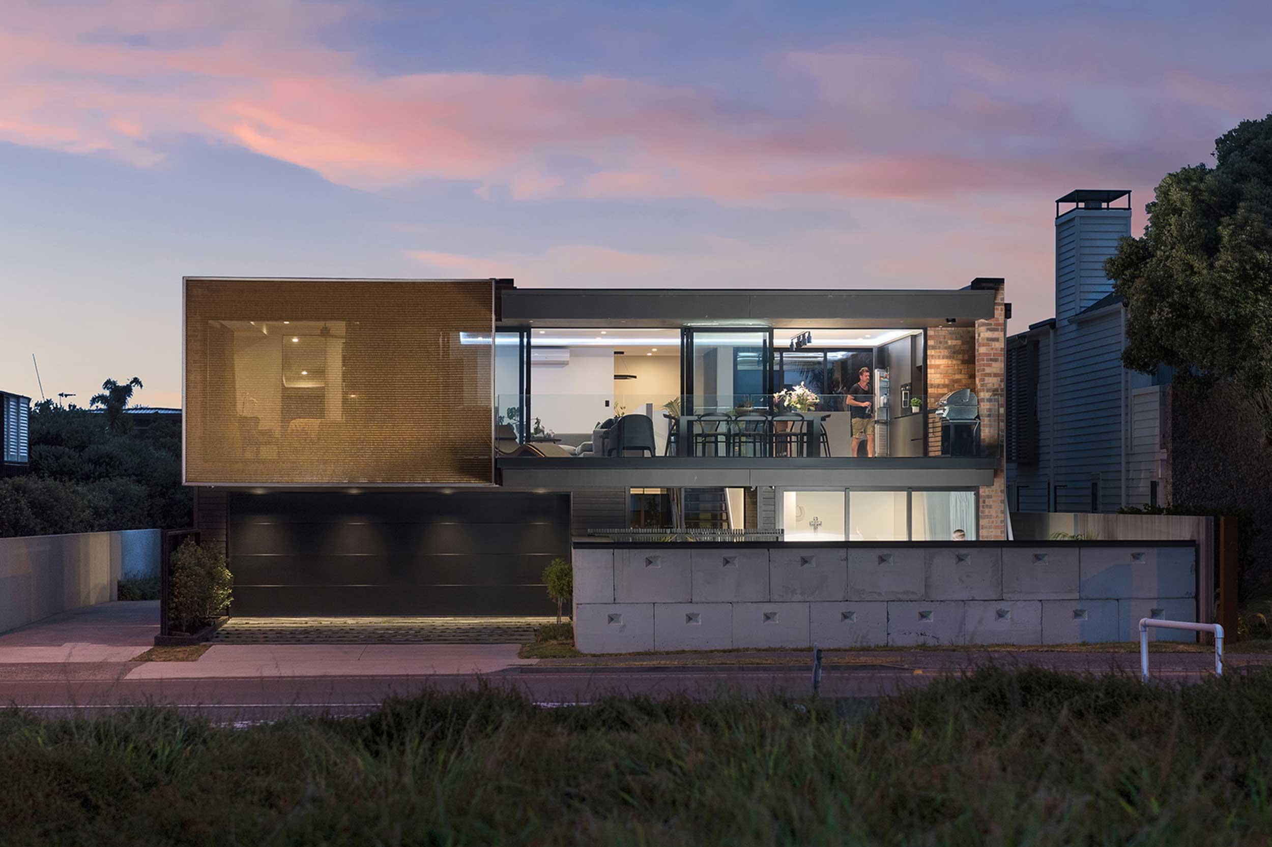 Stewart House Solar Screening