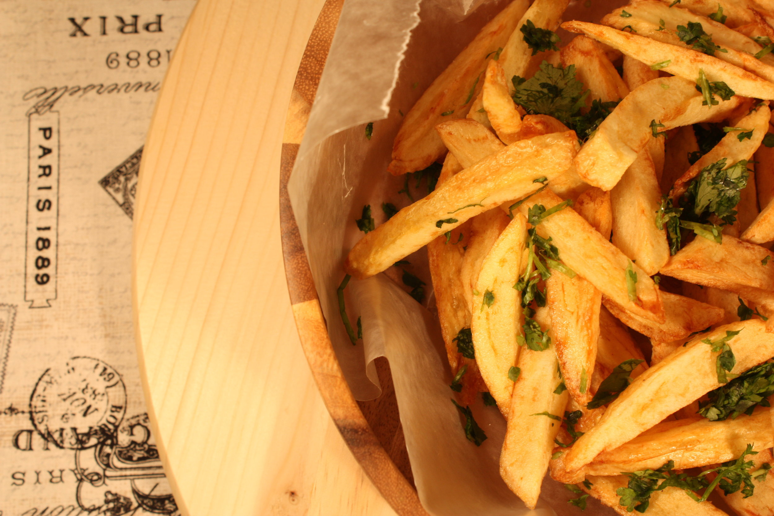 VEGANATION Garlic Herb Fries