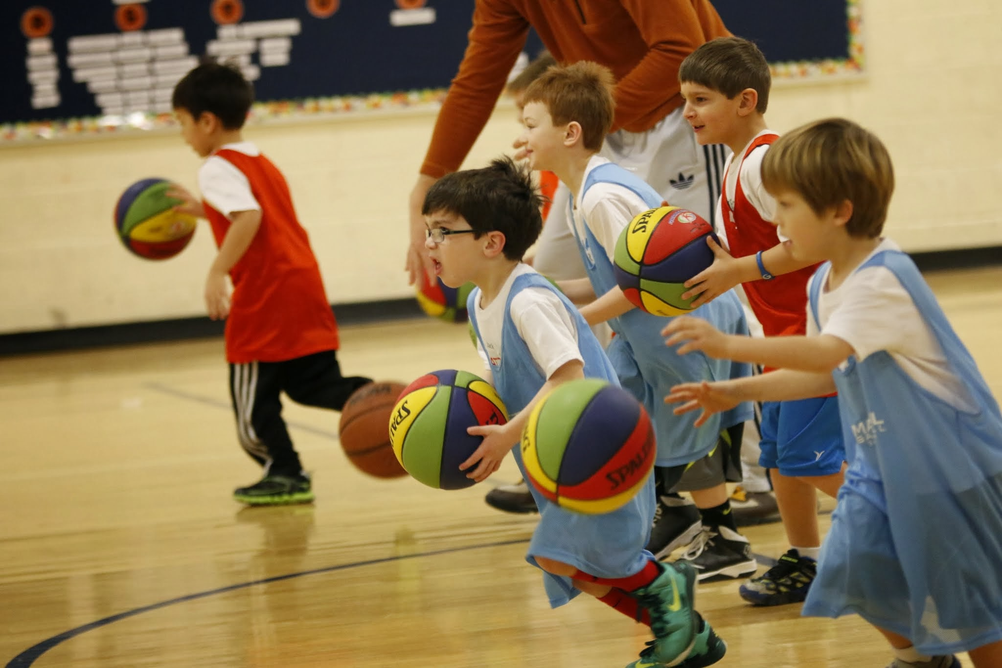 Saturday Basketball @ Enfield Elementary   Ages 4-5 9:00 - 9:55 am  Ages 6-7, 10:00 - 10:55am  Ages 7-8 11:00 am - 12:00 Noon     REGISTER HERE    DATES AND TIMES MAY BE SUBJECT TO CHANGE