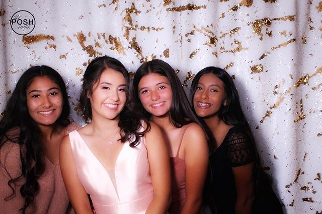 Birthday Squad 🥳  #turlock #turlockweddings #modesto #modestowedding #sweet16photobooth #photoboothrental