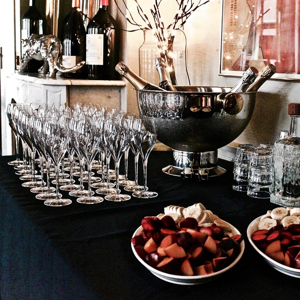 Sprudlende og estetisk er den bedste måde at beskrive oplevelsen på vores champagnesmagning. -