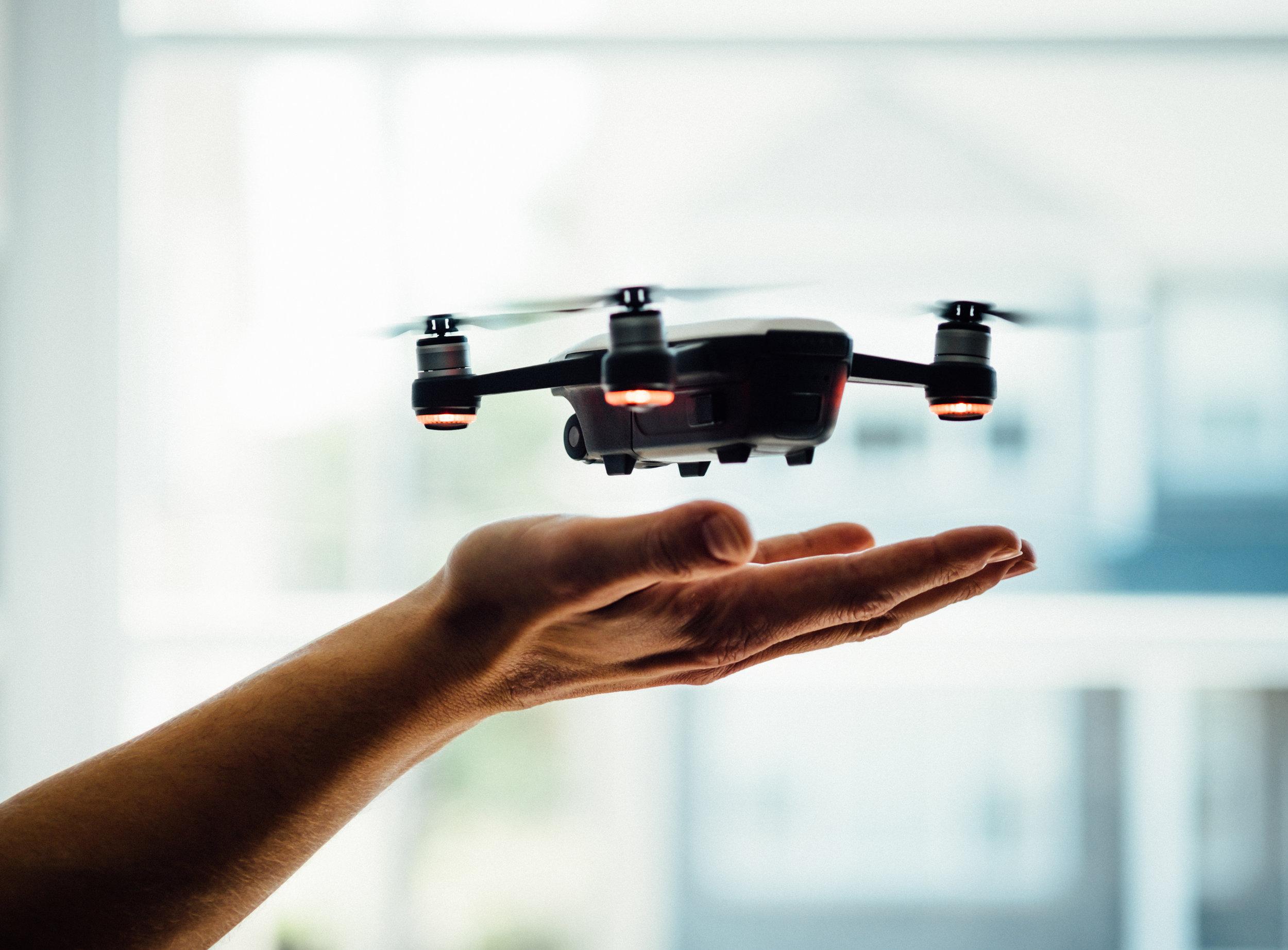 Droneflyvning
