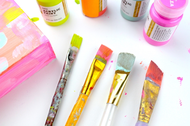 remove-dried-paint-from-brushes.JPG
