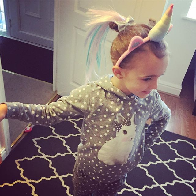 Matilda has gone off to the caravan with my sister for a few days so I can get on with hair, she's gone as a 🦄 😂💗 missing her already 🙈