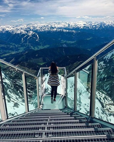 "Skywalk ""Stairs to nowhere"" located in Dachstein, Austria.⠀ ⠀ #travel #explore #austria #europe #stairstonowhere #dachstein"