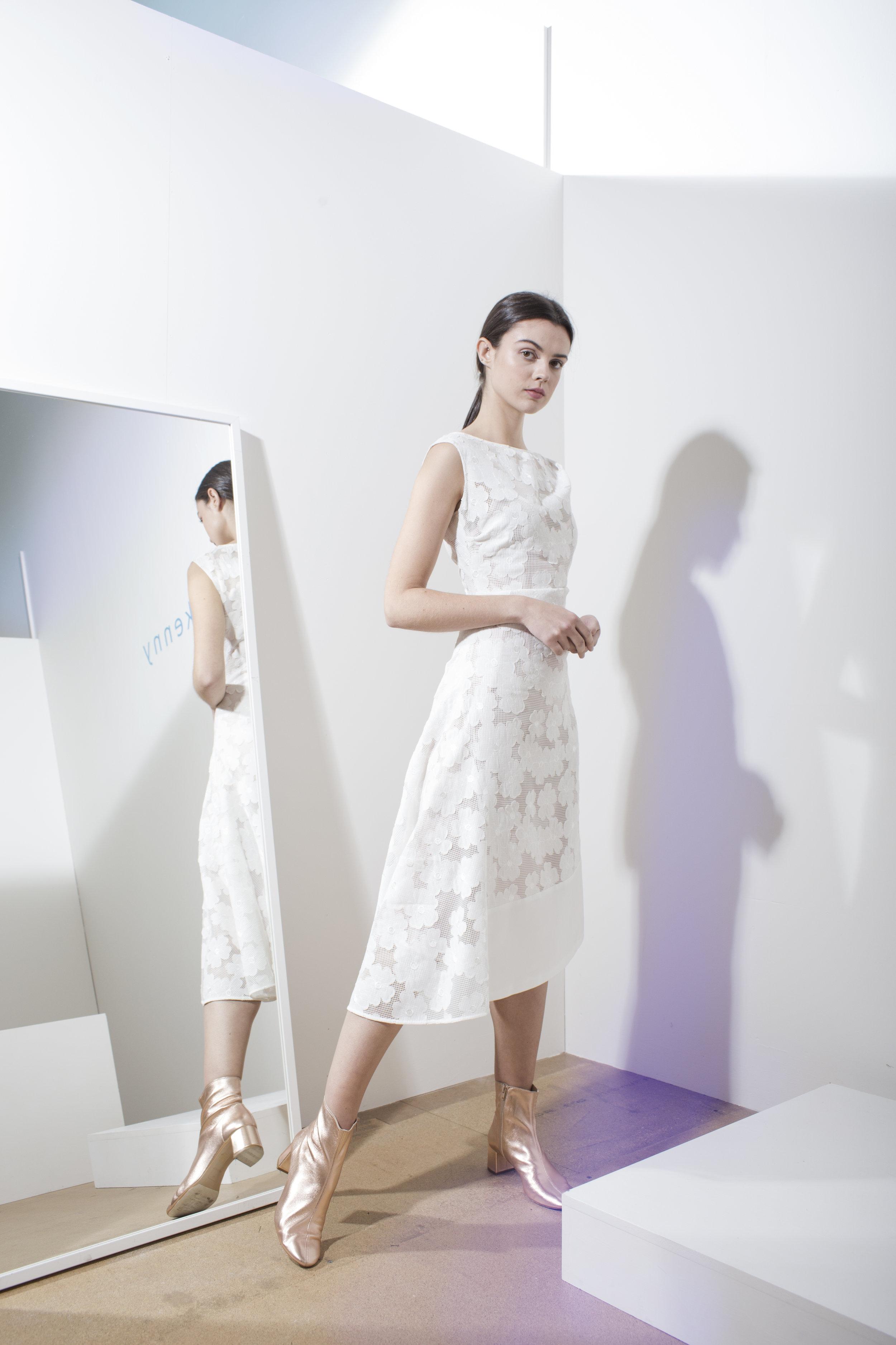 Nova lace dress