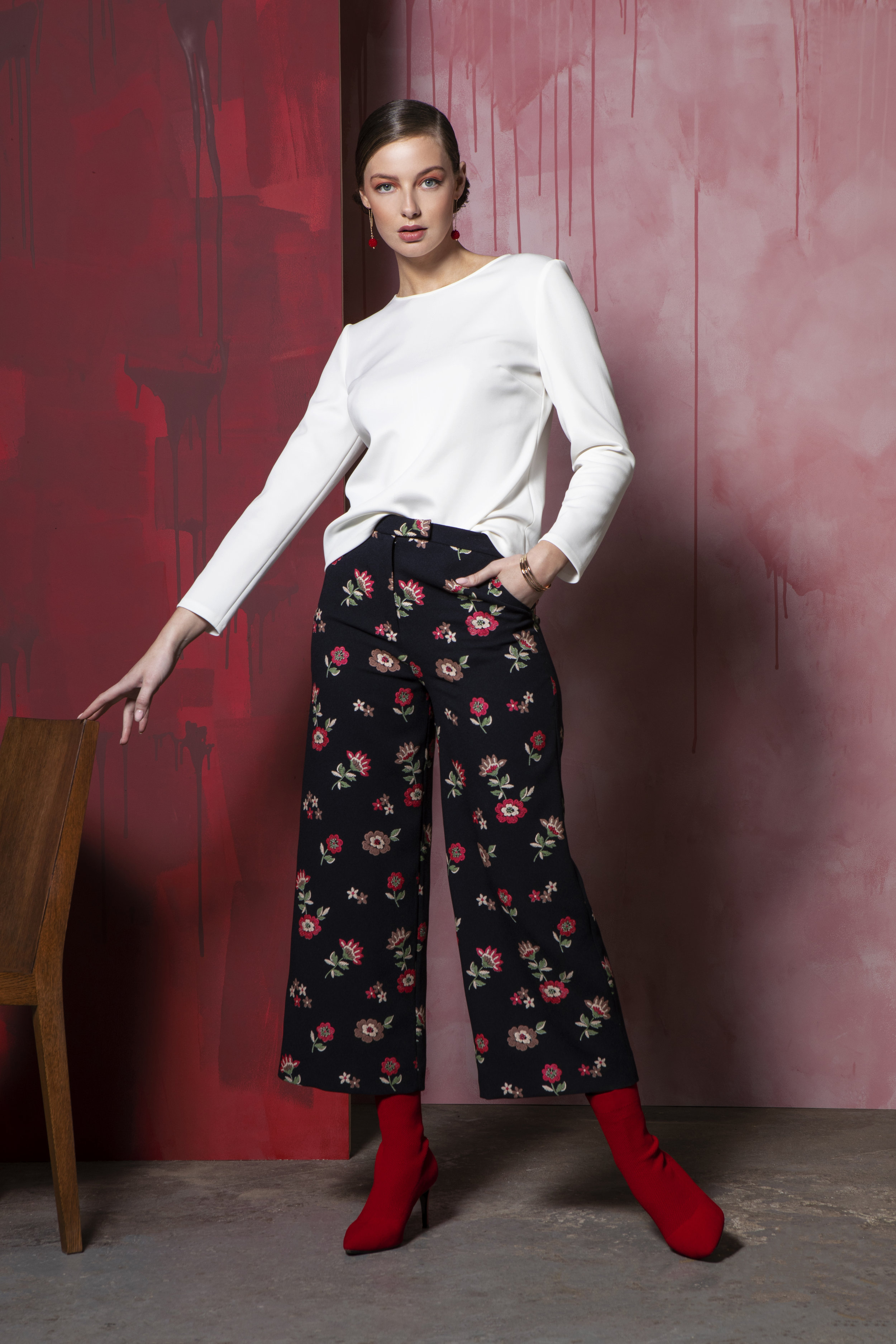 Amanda white top €99, Luc Trousers Navy Floral jacquard €162 (1) (1).jpg