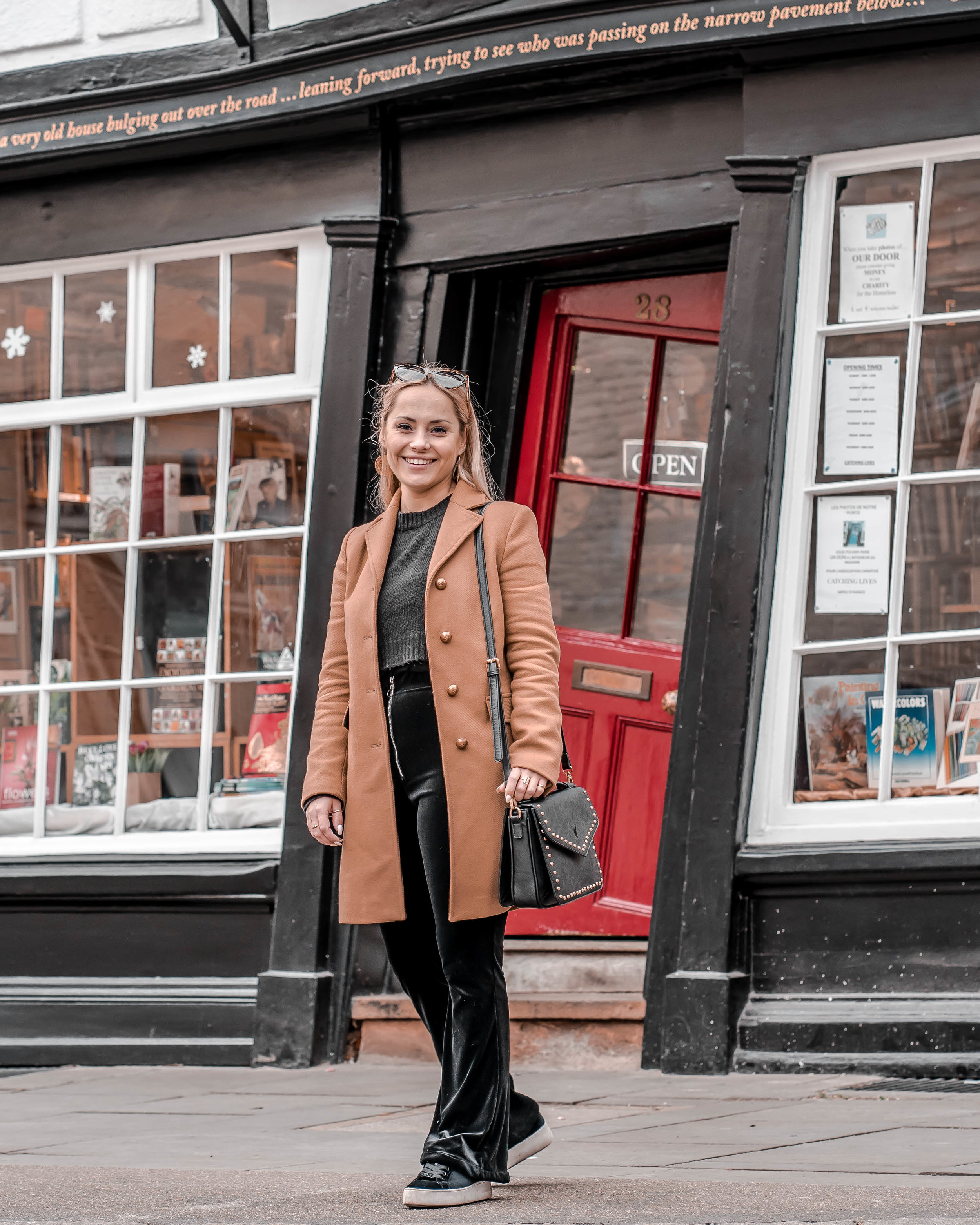 Marissa Galle, Canterbury, England, Citytrip, The Crooked House, Travel Blogger, Fashion Blogger, Lifestyle Blogger, Beauty Blogger, Beauty Specialist, Content Creator, Social Media Manager