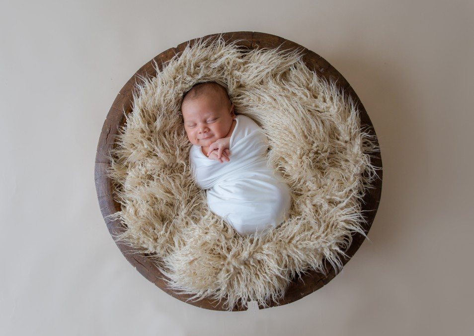 Newborn-0806-e1474599762894.jpg