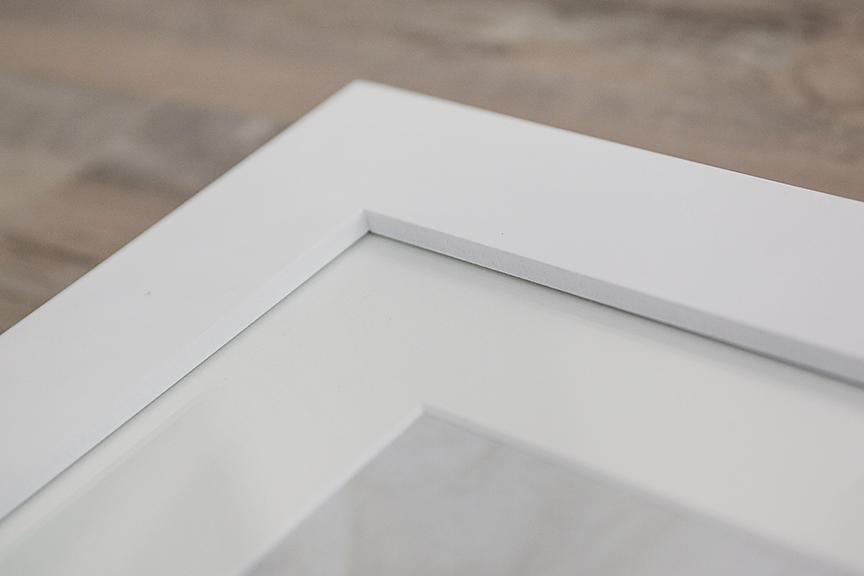 White frame details
