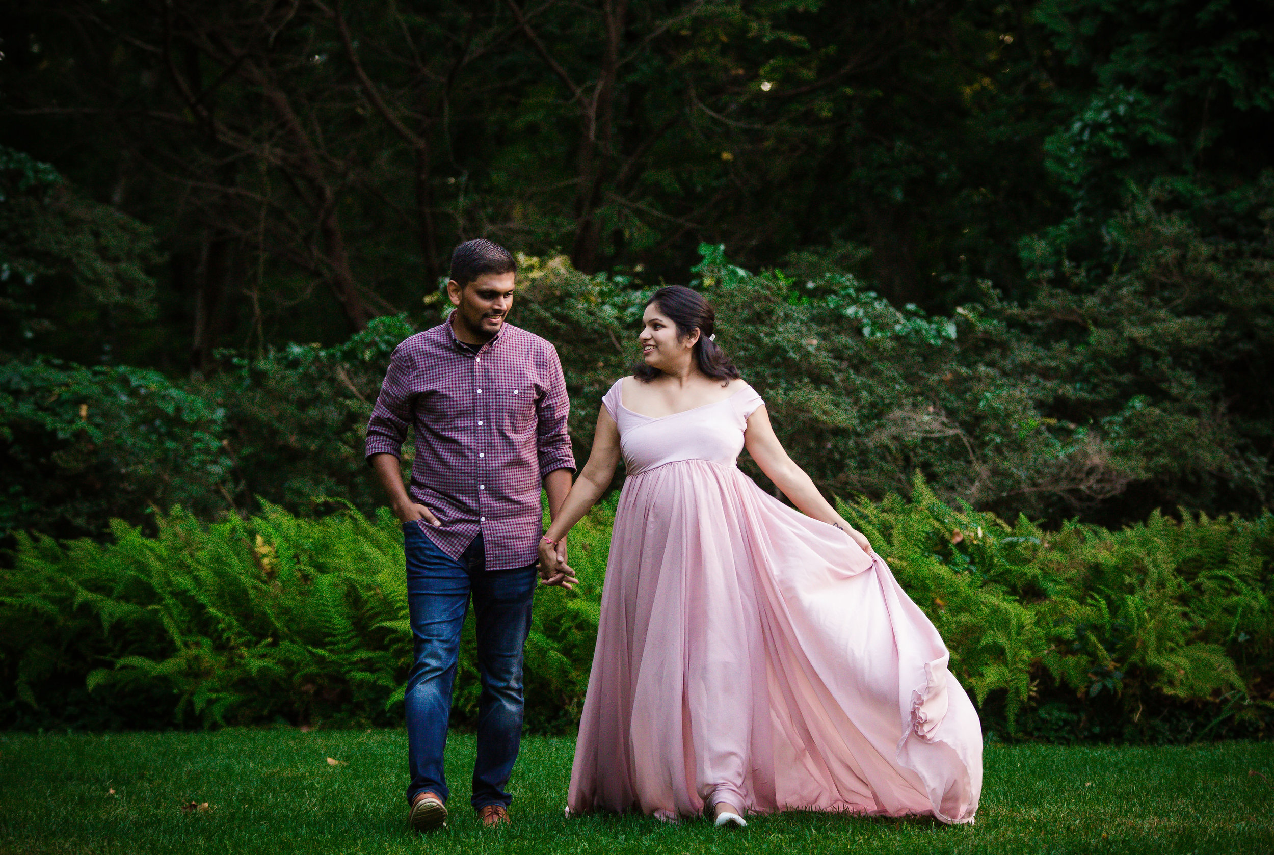 indian-maternity-session-at-sayen-gardens-in-hamilton-new-jersey