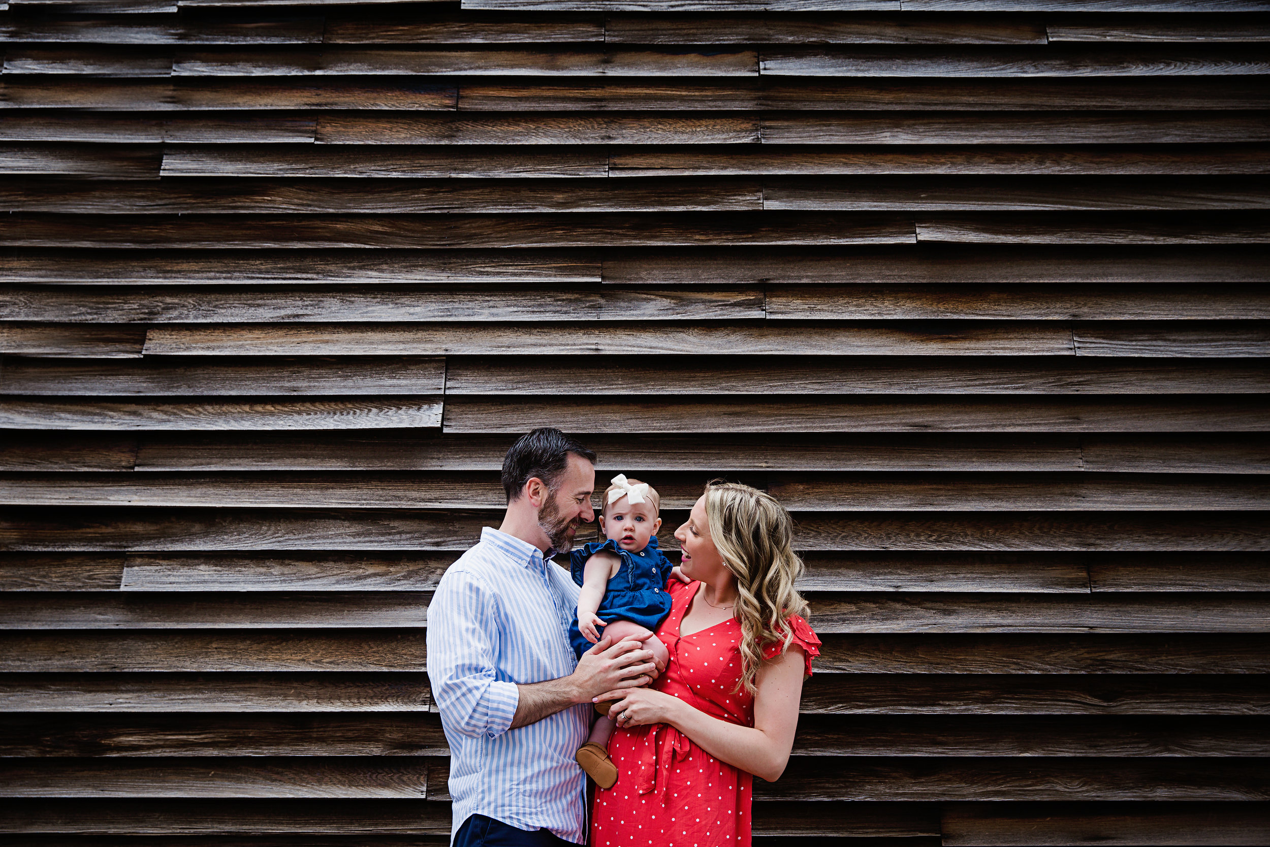 family-photo-baby-girl-first-birthday-new-jersey-haddonfield-outside