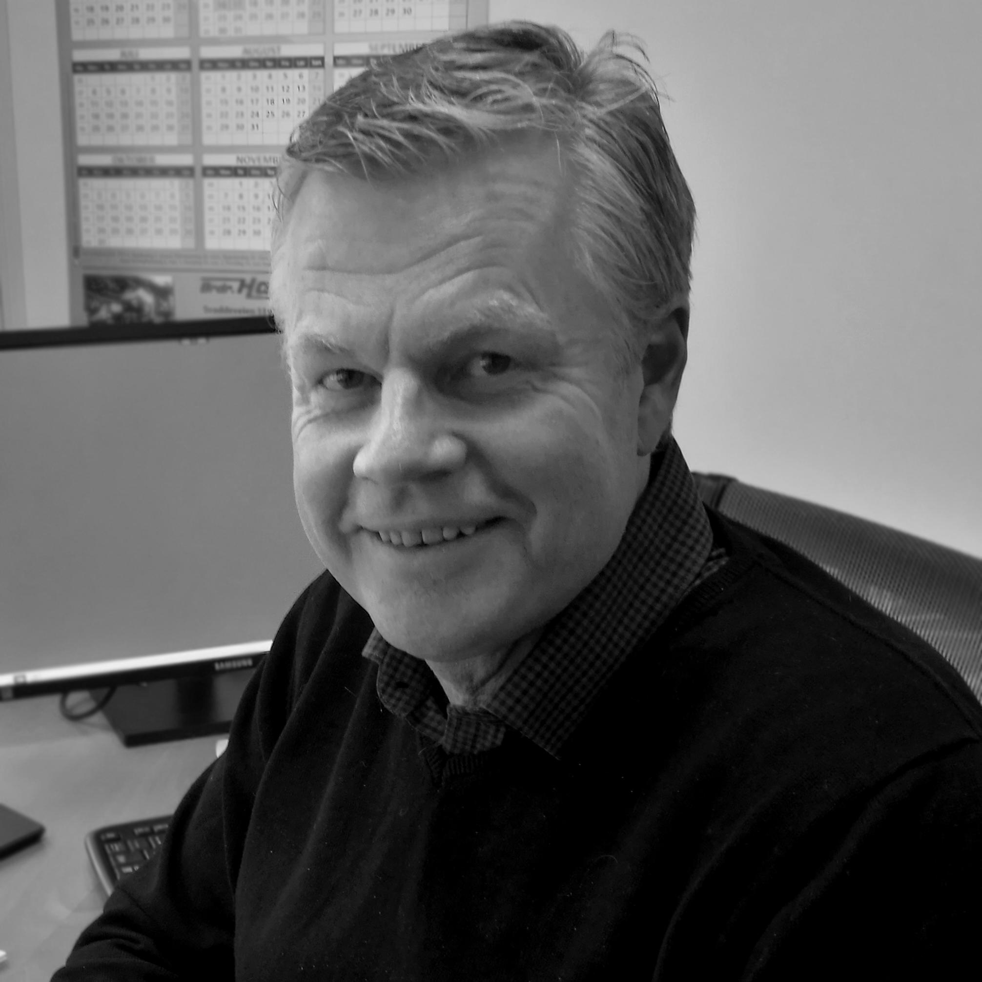 Morten Eek     Daglig leder     morten@brdr-hansen.no    + 47 95 99 51 00