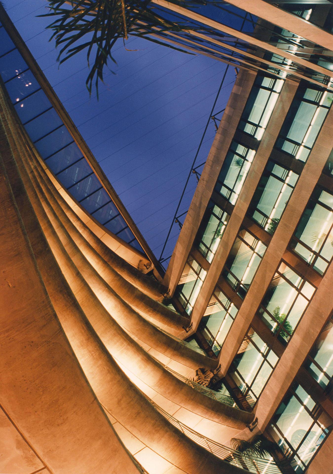 Correa + Estevez Arquitectura - Edificio Multiples 2 - 05.jpg