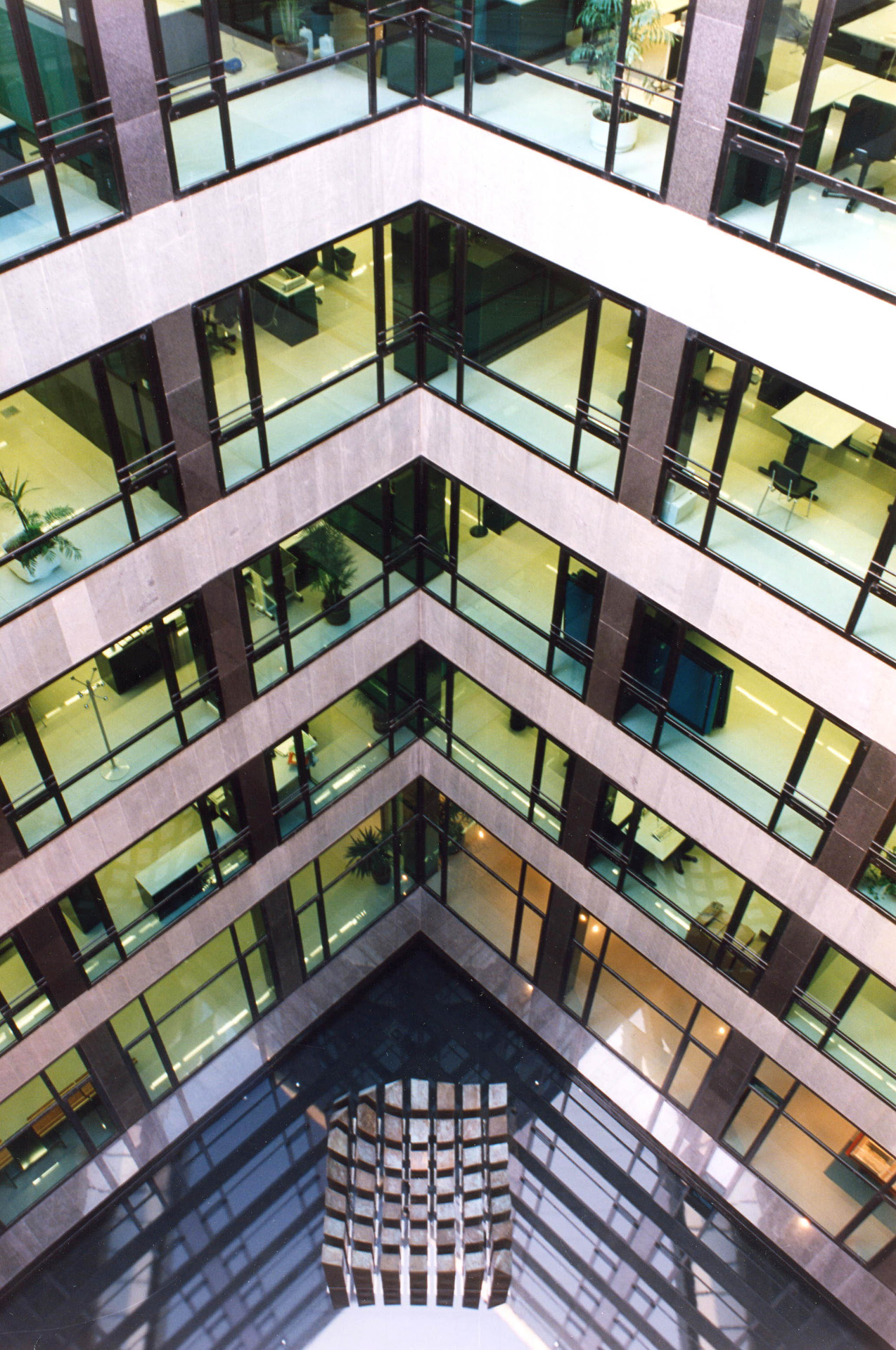 Correa + Estevez Arquitectura - Edificio Multiples 2 - 06.jpg