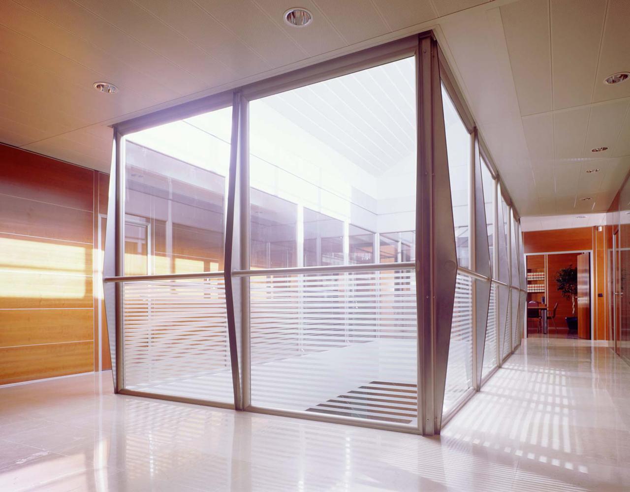 Correa + Estevez Arquitectura - Sede Gestur Tenerife 08.jpg